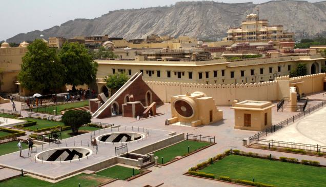 Jantar Mantar Jaipur tour packages