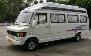 TEMPO TRAVELLER (Mini Bus) tour packages in delhi